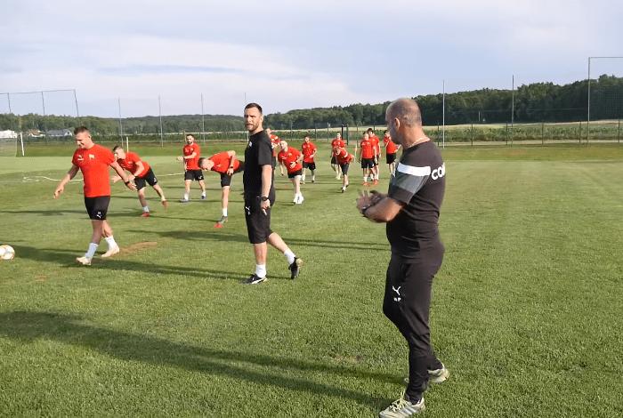 Jacek Imianowski nie jest już trenerem Polonii Trzebnica