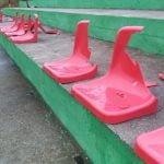 Wandale połamali krzesełka klubu z B klasy. Jest zrzutka - możesz pomóc