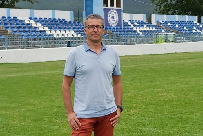 Były wieloletni trener Lechii w Bielawiance. W nowej roli