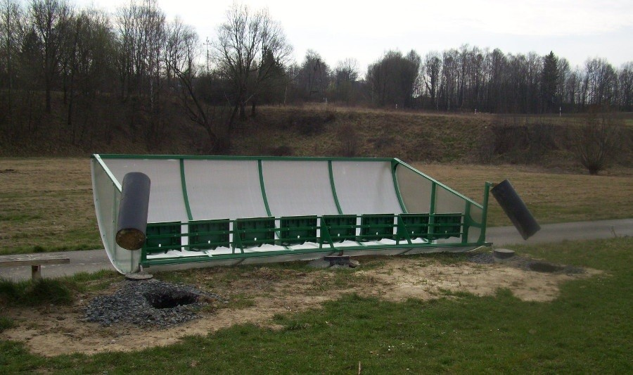 Wyrwał nowo postawione ławki rezerwowych z boiska B-klasowego klubu