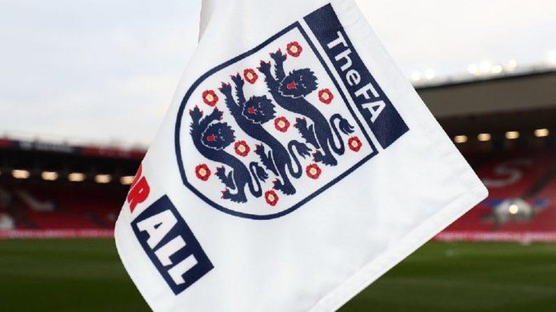 Niższe ligi w Anglii anulowane