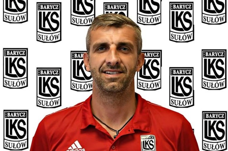 Trener czołowego klubu wrocławskiej okręgówki zrezygnował z posady