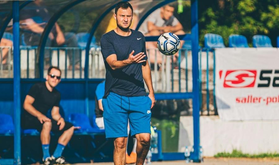 Damian Okrojek nie jest już trenerem Orła. Kto następcą?