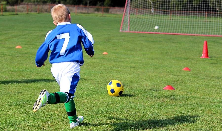 Rozgrywki dzieci i młodzieży zawieszone. III liga może grać
