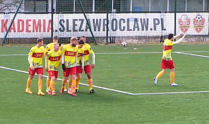 III liga. Ćwielong znów strzelił we Wrocławiu, ale Ślęza rozbiła jego LKS
