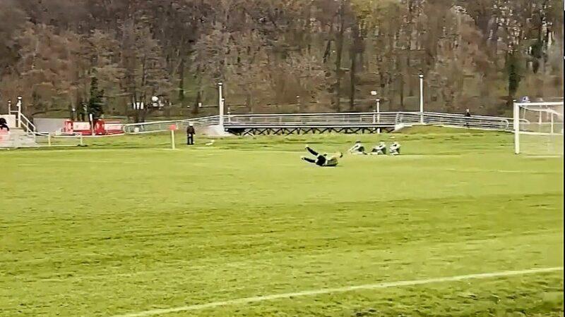 Gol bramkarza mecz Zamek - Zdrój