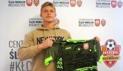 Młody bramkarz został zawodnikiem Ślęzy Wrocław